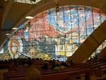 La nuova chiesa di San Pio - particolare della facciata visto dall'interno